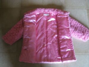 Beautiful Pink Rose Coat with matching hat ! (Size 3X) Sarnia Sarnia Area image 2