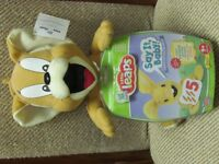 NEW King Plush Toy with Leap Frog Interactive Learning Disc