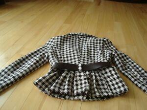 Ladies Dynamite Lined Jacket w/ belt  - Size 6(Small-Medium) Kitchener / Waterloo Kitchener Area image 4