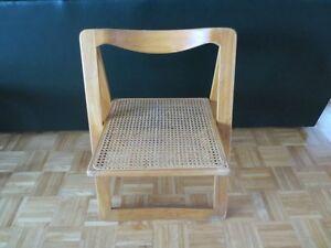 Cane seat folding wood chair