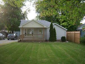 Mitchells Bay cottage for rent