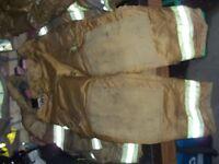plusieurs manteau pompier culotte bretelle a partir 100,00dollar