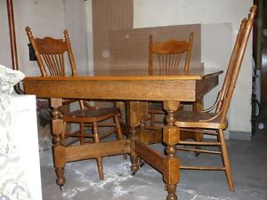 Set de cuisine antique autres tables rimouski bas st for Kijiji rimouski meuble