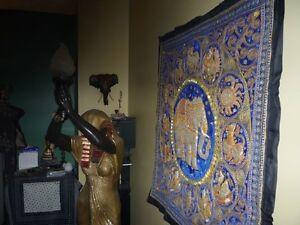tapis artisanal de Thailande avec signes astrologique Elephant