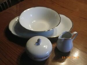 Vintage - Elegant dinnerware / dishes, white with real gold trim Sarnia Sarnia Area image 2
