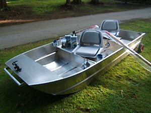 New spratley fishing boats aluminum 8 10 12 39 lg dog for Personal fishing boat