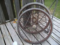 Antique Wire Spoke Heavy Rim, Brass Grease Caps  Auto Wheels
