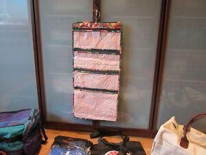 Sacs de voyage /valise/sac . Bal. pour 25.00$ West Island Greater Montréal image 3