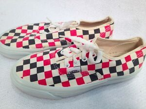 Vintage-80s-VANS-made-in-USA-Checkered-Authentic-Near-Mint-5-5-mens-7-womens