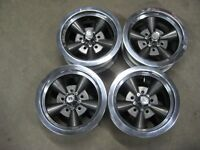 14 x 6  gm non disc keystone magnesium rims (like new)5-4.75