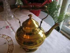 BRASS , COPPER KETTLE .