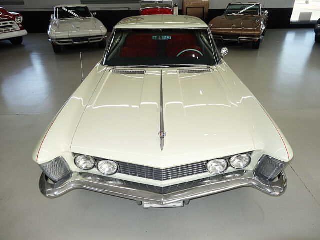 Image 1 of Buick: Riviera Touring…