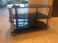 BLACK & CHROME TV STAND TABLE IN EXCELLENT CLEAN CONDITION SOLID STRONG
