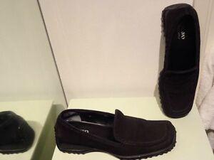 Women Shoe Loafer Flats slip-on leather Italy Bravo Holt Renfrew