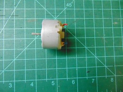 1.5 12 Vdc Motor 6 Vdc Nominal 400 950 Rpm 46021 Great For Solar Projects