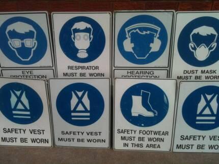 Bulk Lot 90+ pcs Construction Site Safety Signage | $90 the lot