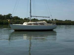 Top Hat 25ft Yacht