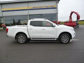 2017 New/Unused Nissan Navara Tekna crew cab pick up