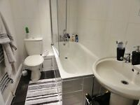 Flatmate to Share Central, Refurbished Flat 2 mins to town and Uni £260 per month, share bills 50/50