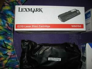 2 CARTOUCHES NEUVES POUR IMPRIMANTES : 1 LEXMARK, 1 BROTHER