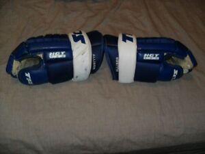 Maple Leafs Game Worn Gloves Allison Reichel + Leafs Bobblehead