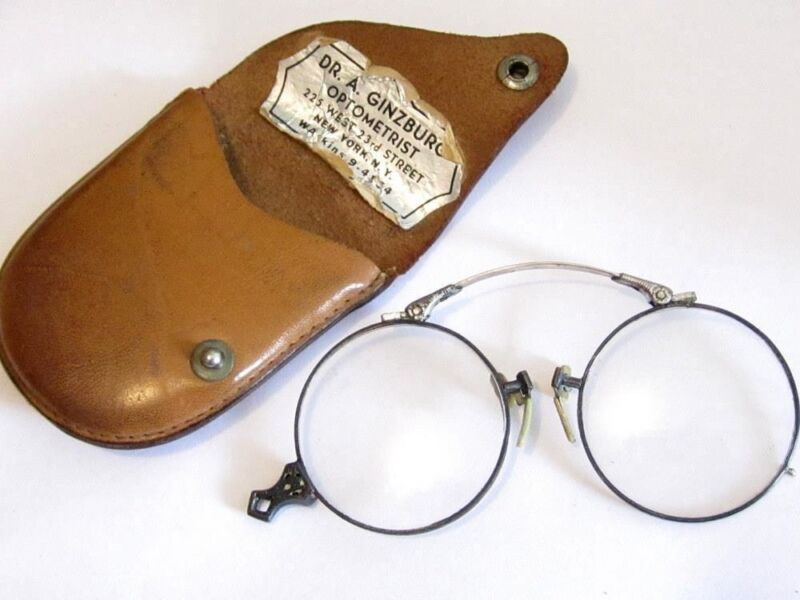 Vintage Spectacles 14K Spg Spring Folding Pince Nez Lorgnette Opera Glasses*D808