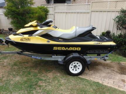 Sea Doo RXT260 is Jet Ski