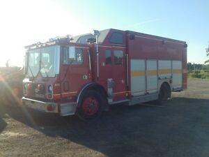 1989 Mack MR688P Fire & Rescue Truck at Auction