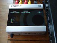 NATIVE INSTRUMENTS AUDIO 4 DJ Soundcard Interface DVS