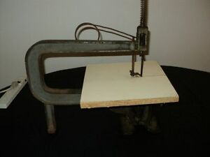Antique Scroll Saw PLEASE CALL 519-250-5890 TO PICK UP
