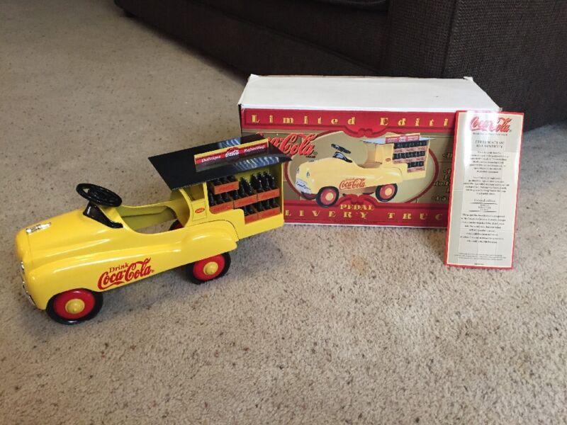 BIG COCA-COLA 1996 LIMITED ED PEDAL DELIVERY TRUCK XONEX DIECAST METAL COA-BOX