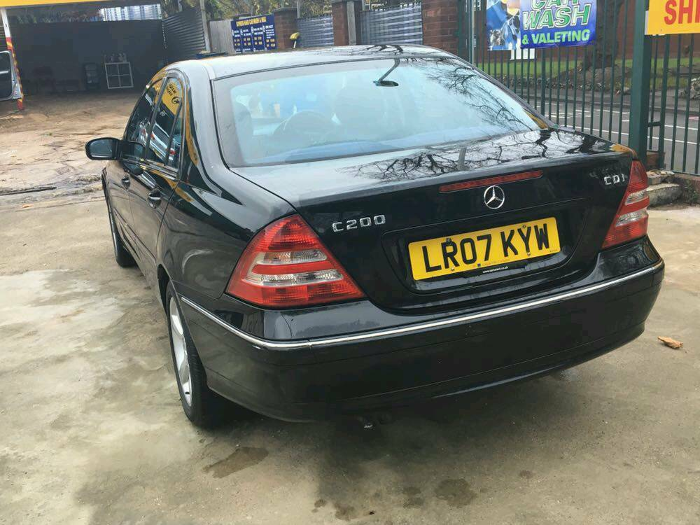2007 Mercedes C220 Diesel Automatic BLACK immaculate