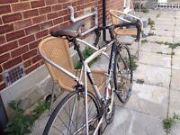 Trek Road Bike - Shimano 105/Tiagra - 56cm