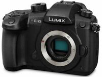 Panasonic gh5 used twice, comes with lenses, lighting, an brand new microsoft editing suite