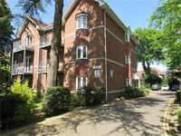 SPACIOUS AND MODERN FURNISHED 2 DOUBLE BED, 2 BATH GROUNDFLOOR FLAT WITH PARKING IN CHARMINSTER