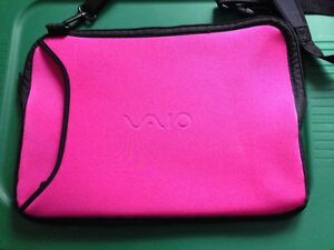 SONY VAIO SOFTSHELL LAPTOP COMPUTER BAG *PINK*