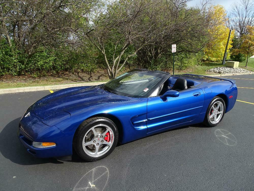 2003 Blue Chevrolet Corvette Convertible  | C5 Corvette Photo 2