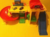 'Fisher Price' Little People - Service Station w/Sounds