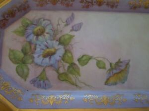 HAND PAINTED DRESSER TRAY SIGNED BY ARTIST Windsor Region Ontario image 2