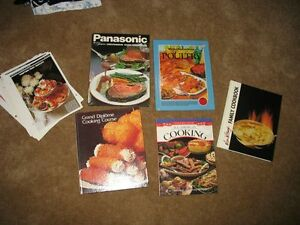 COOK BOOKS - MINT CONDITION GIVE AS GIFTS