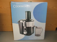 Cookworks Whole Fruit Juicer KP60PD used few times but great new condition Amazing Health Drinks gr8