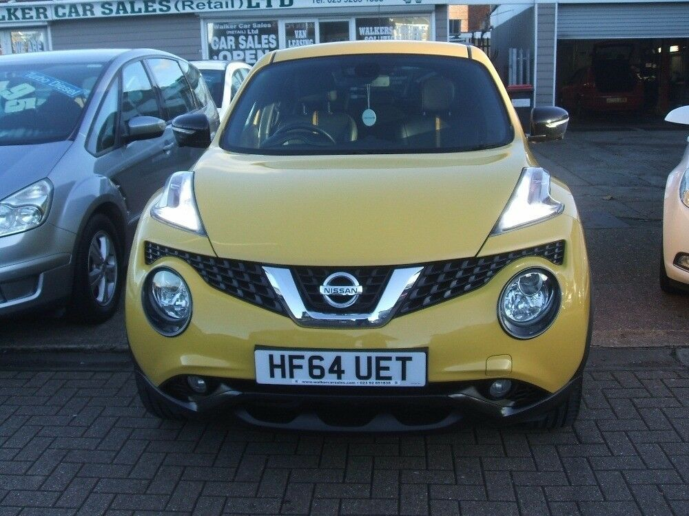 NISSAN JUKE TEKNA XTRONIC AUTOMATIC Yellow 2014