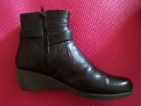 Black Italian Leather Boots UK 5 / 38 - Carole King