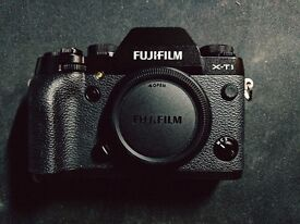 Fuji X-T1 body with VG-XT1 battery grip - boxed, VG condition