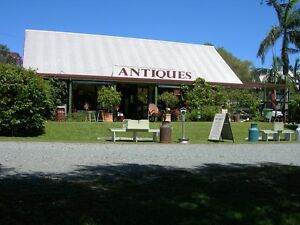 THE DAYBORO SHED OVERFLOWING WITH ANTIQUES, COLLECTABLES & GIFTS Samsonvale Pine Rivers Area Preview