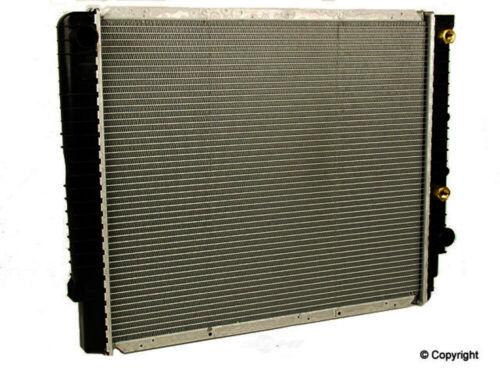 NEW RADIATOR FITS 1992-1998 VOLVO 960 S90 V90 FRONT SIDE 86039070 VO3010116