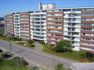 FORT HOWE//1 BDRM WITH BALCONY//$815//OCTOBER//HEAT INCL.