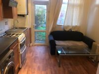 One bed flat to Let on Staines Road, Ilford, IG1
