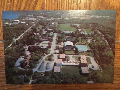 POSTCARD USED CONNECTICUT, NEW LONDON- AERIAL VIEW OF CONNECTICUT COLLEGE