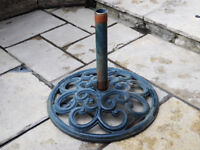 Large Heavy 60cm Across Parasol Base Stand Metal Cast Iron Good Condition